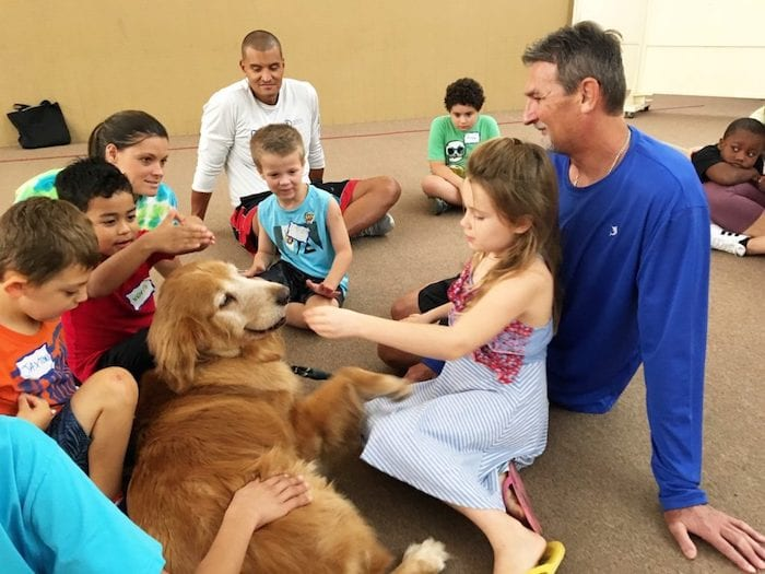 Beesley's Paw Prints Pet Therapy with kids